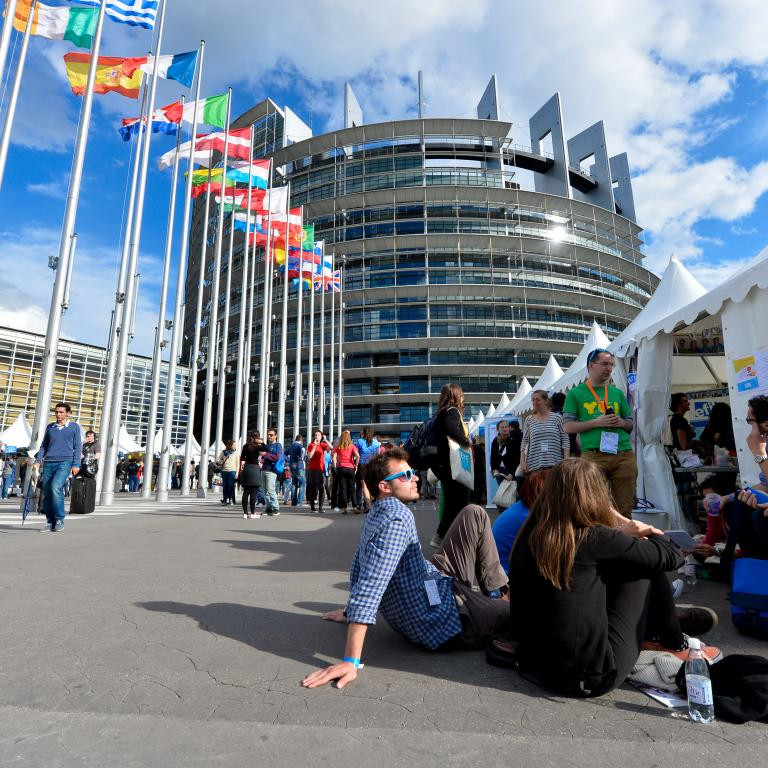 EYE2018 picture outside the European Parliament